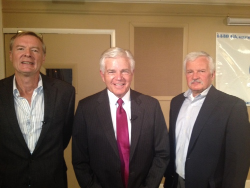 Mike Landess, retiring KMGH anchor, a Denver broadcasting institution, with SPJ Colorado Pro board members Doug Bell (left) and Ed Otte (right).